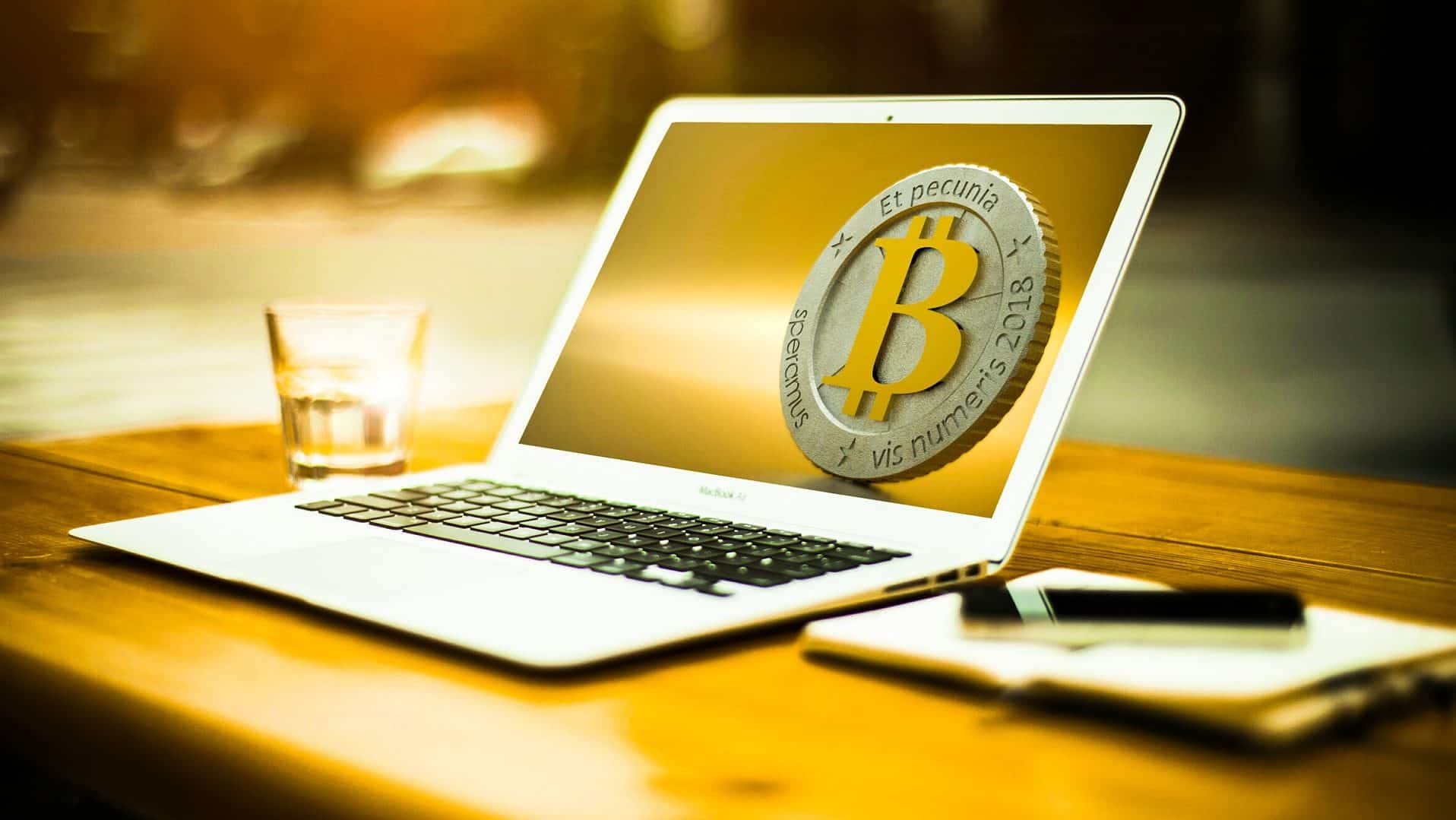 Invest in bitcoin - heres the top 10 things you need to know.
